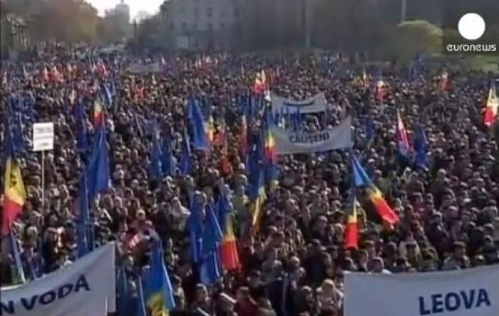 (video) Euronews: Zeci de mii de oameni s-au adunat duminică în capitala Republicii Moldova