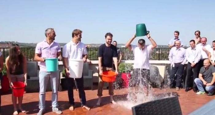 (video) Ice Bucket Challenge. Endava Chișinău a acceptat provocarea echipei UNIMEDIA