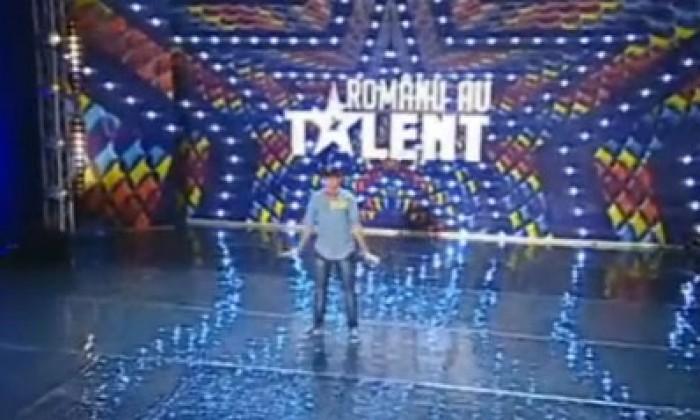 """(video) Mircea Palamari din Chișinău a electrizat publicul la """"Românii au Talent"""""""