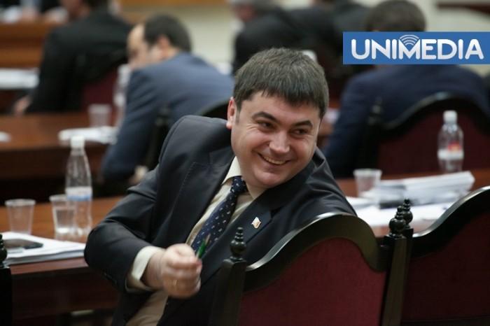 (video) Momentele amuzante de la ședința de ieri a Parlamentului