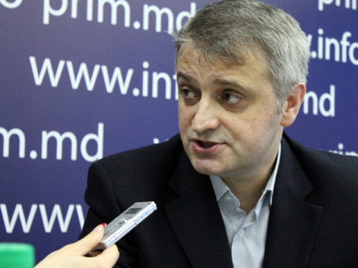 (video) Petru Macovei vine la ora 16.00 în studioul UNIMEDIA
