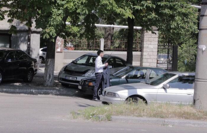 (foto/video) Primarul general, Dorin Chirtoacă, a fost surprins plimblându-se pe străzile capitalei