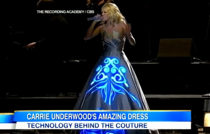 (video) Rochia cu care a cucerit Aliona Moon, inspirată de la premiile Grammy 2013?