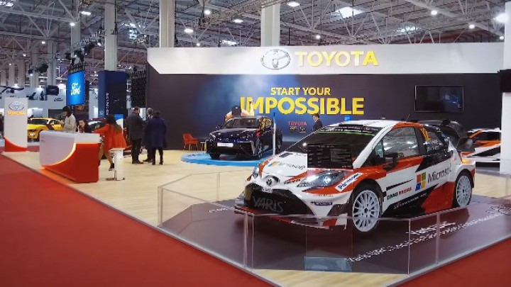 (video) SIAB 2018: Reportaj de la standul Ford – sedanul Mirai, Yaris WRC şi GT 86 pe post de simulator
