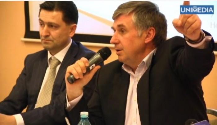 (video) Apel către politicienii moldoveni: Beți-vă cafeaua și la București