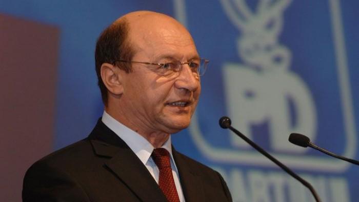 Vizita lui Traian Băsescu, amânată! Președintele Timofti se simte rău
