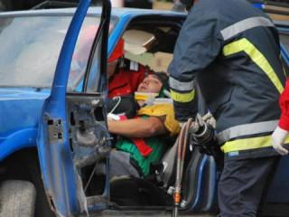 Accident grav la Hîncești. Două persoane au decedat, iar alte patru au fost rănite, după ce microbuzul în care se aflau s-a ciocnit cu un camion