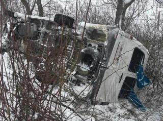 Accident la Ialoveni cu implicarea unui microbuz de pe ruta Chișinău-Molești: Cinci pasageri au avut de suferit