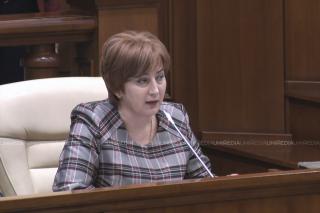 (video) Aliona Babiuc a preluat funcția de deputat în Parlament, deși PCRM a fost împotrivă