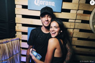 Atacantul lui PSG, Neymar, urmează să se căsătorească cu Bruna Marquezine