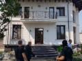 (foto) Șapte indivizi, reținuți pentru evaziune fiscală. Întocmeau acte din numele unor persoane decedate