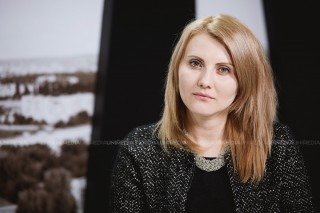 """(foto) Elena Mârzac: """"Planul naţional de acţiuni cuprinde opt obiective majore, care vin să asigure integrarea dimensiunii de gen"""""""