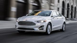 (foto) Ford Fusion a suferit un facelift minor şi devine prima maşină cu un complex Co-Pilot360