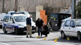 Franța: Trei morți, în cazul ostaticilor dintr-un supermarket. Atacatorul a fost împușcat mortal