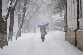 (galerie foto) Ninsoarea în Chișinău: Primăvara, iarna este de-a dreptul feerică