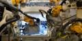 Germania: Un angajat al companiei Volkswagen a fost ucis de un robot care l-a zdrobit de o placă metalică
