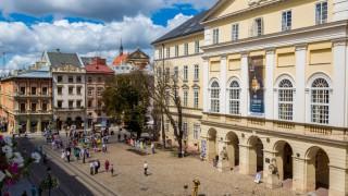 Moldovenii din Ucraina vor beneficia de servicii consulare în orașele Vinnița și Lviv