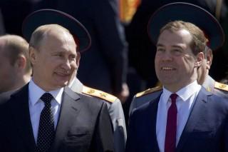 Noua componență a Guvernului Medvedev: Unii miniștri, aprobați de Vladimir Putin, au o reputație șifonată