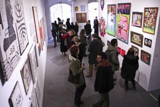 (foto) Pictura îi este forma de exprimare, ce l-a ajutat să ajungă departe: Artistul basarabean Constantin Botezat și-a expus lucrările în Parlamentul Portugaliei