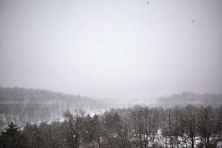Prognoza meteo: Cer variabil și maxime de până la 3 grade