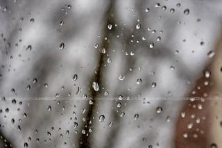 Progroza meteo: Weekendul începe cu ploi și lapoviță, iar duminica se așteaptă ninsori