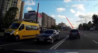 (video) Dacă e liber, de ce nu? Ce a făcut un şofer şmecher din Chişinău, crezând că nu-l vede nimeni