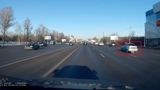 (video) Dorința de a face un derapaj controlat a condus la un accident fatal în centrul Moscovei