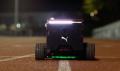 (video) Puma prezintă un robot care arată ca o cutie de pantofi şi îi ajută pe atleţi să se antreneze