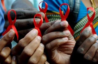(video) Ziua internațională de comemorare a persoanelor decedate de SIDA. Unde poţi să faci un test gratuit