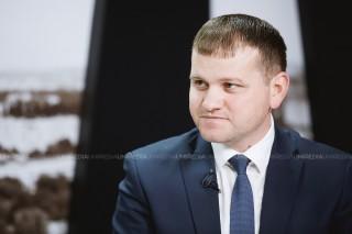 Ziarul de Gardă: Casa, veniturile şi firmele candidatului Munteanu
