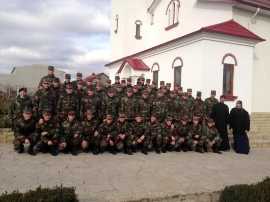 (foto) Armata la Mănăstirea din Sireţi