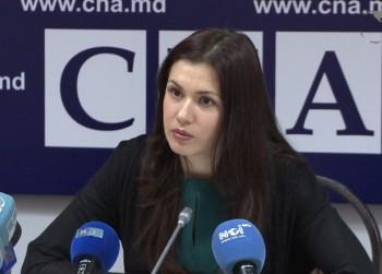 Ora 16.00: Cristina Țărnă în studioul UNIMEDIA