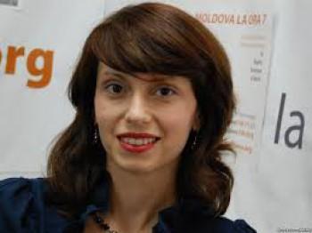 Olga Bâtcă în studioul UNIMEDIA