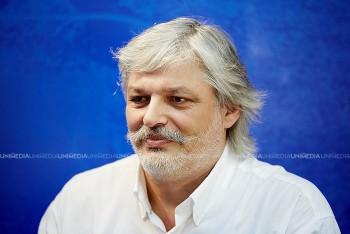 Igor Căldare în studioul UNIMEDIA