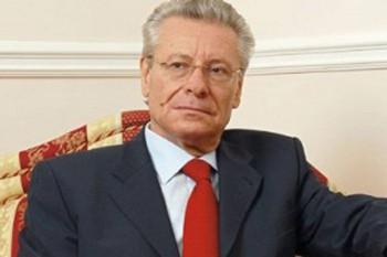 Ora 16.00: Petru Lucinschi în studioul UNIMEDIA