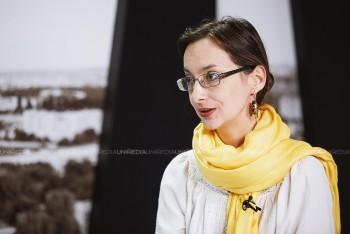 Leontina Vatamanu în studioul UNIMEDIA
