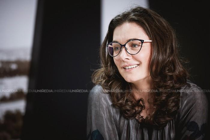 Marinela Ardelean în studioul UNIMEDIA