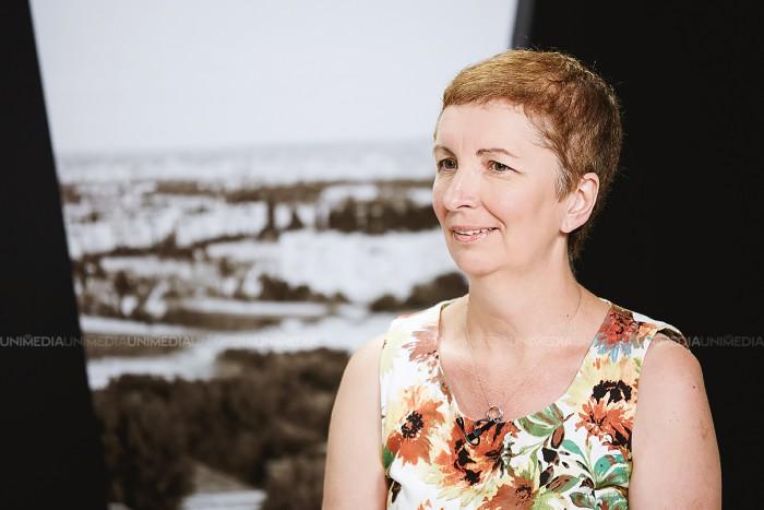 Tamara Șchiopu în studioul UNIMEDIA