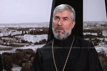 Părintele Alexandru Iamandii în studioul UNIMEDIA