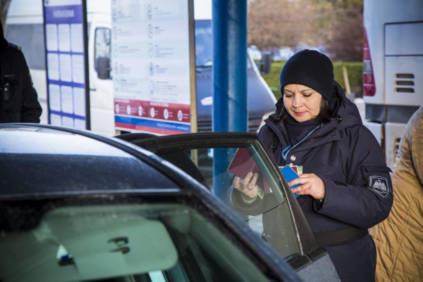 În atenţia şoferilor! Actul fără de care se poate trece frontiera Republicii Moldova