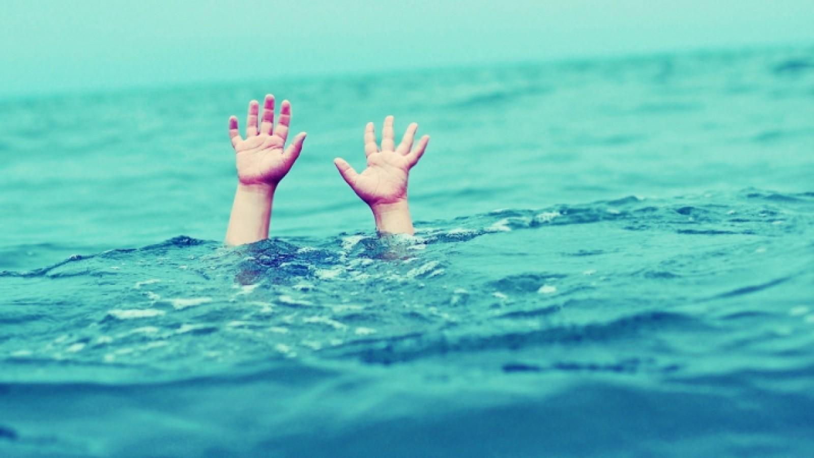 Încă un minor s-a înecat la Orhei: Un băiat de 13 ani s-a scufundat în apă, însă la suprafață nu a mai ieșit