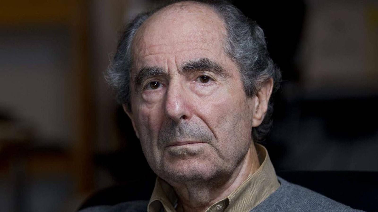 A murit scriitorul american Philip Roth, la vârsta de 85 de ani