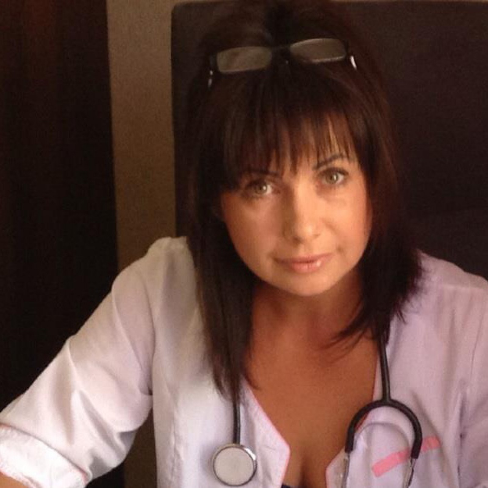 A snopit în bătaie un medic de la Spitalul Municipal din capitală, după ce a aflat că soția sa a decedat