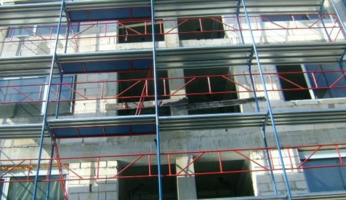 Accident de muncă la o clădire în construcție din sectorul Centru: Un bărbat a căzut în gol