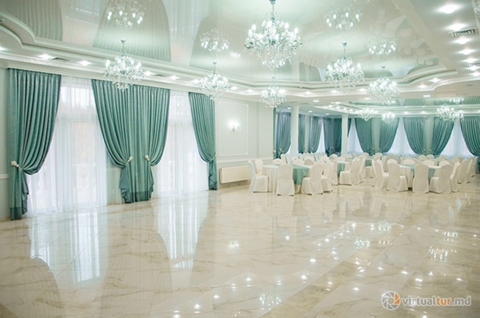 FISC-ul e cu ochii pe patronii cu săli de ceremonii şi restaurante. Au fost instalate 27 posturi fiscale pe întreg teritoriul țării