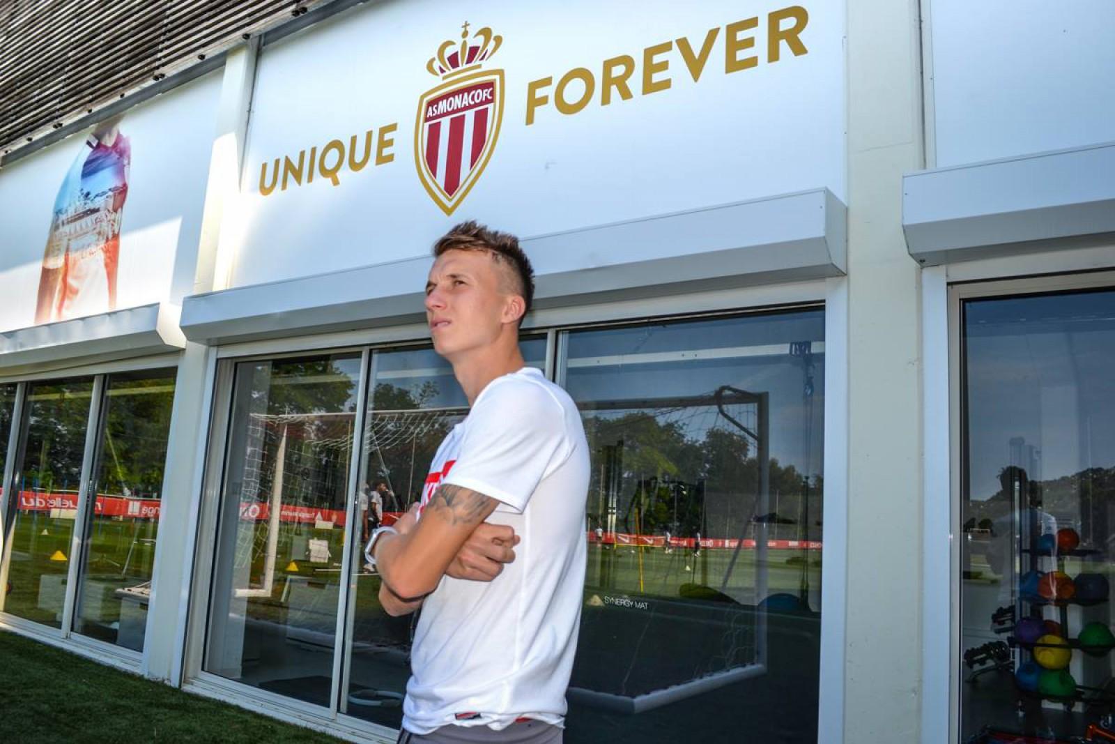 Aleksandr Golovin s-a transferat de la ȚSKA Moscova la AS Monaco. Mijlocașul a mai fost curtat de Juventus și Chelsea