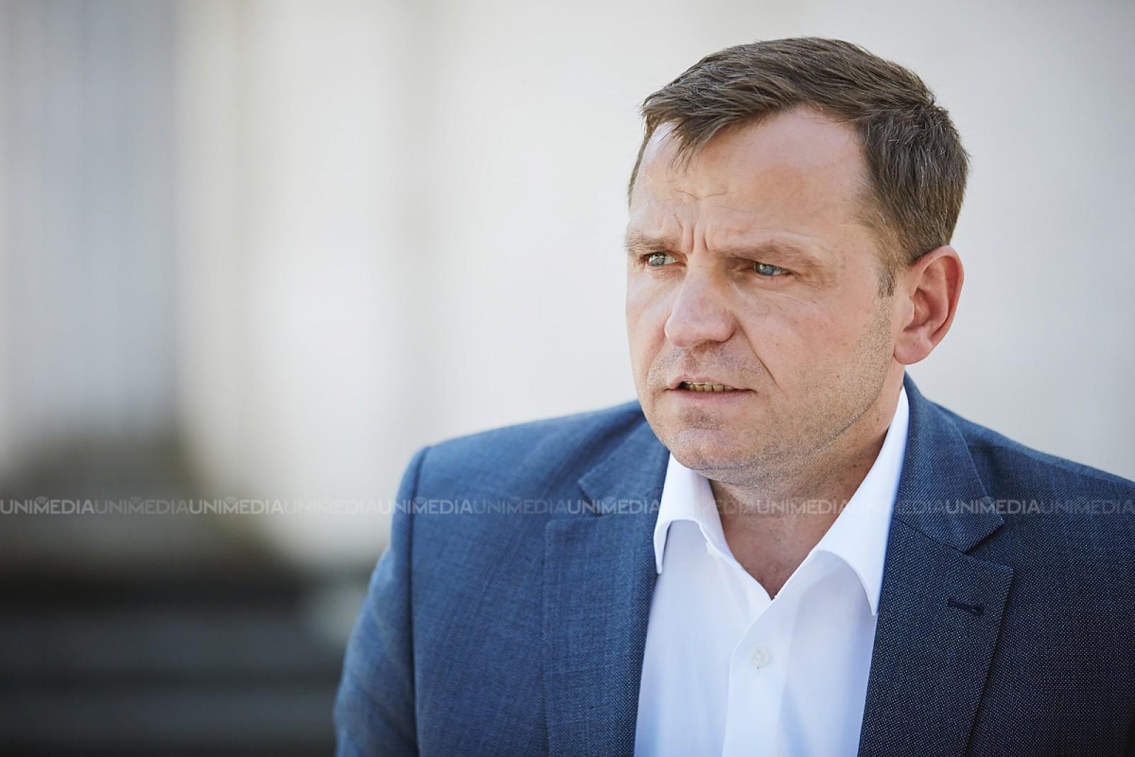 """Andrei Năstase face apel către bugetari, pensionari și studenți: """"Pe 26 august să fim cu toții în Piața Marii Adunări Naționale"""""""