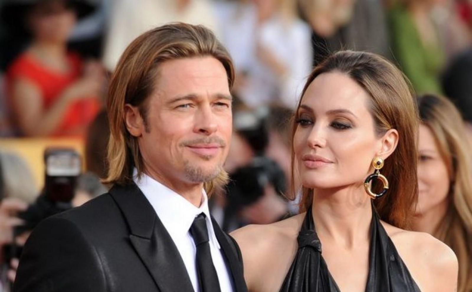 Angelina Jolie doreşte ca divorţul ei de Brad Pitt să fie finalizat până la sfârşitul anului 2018
