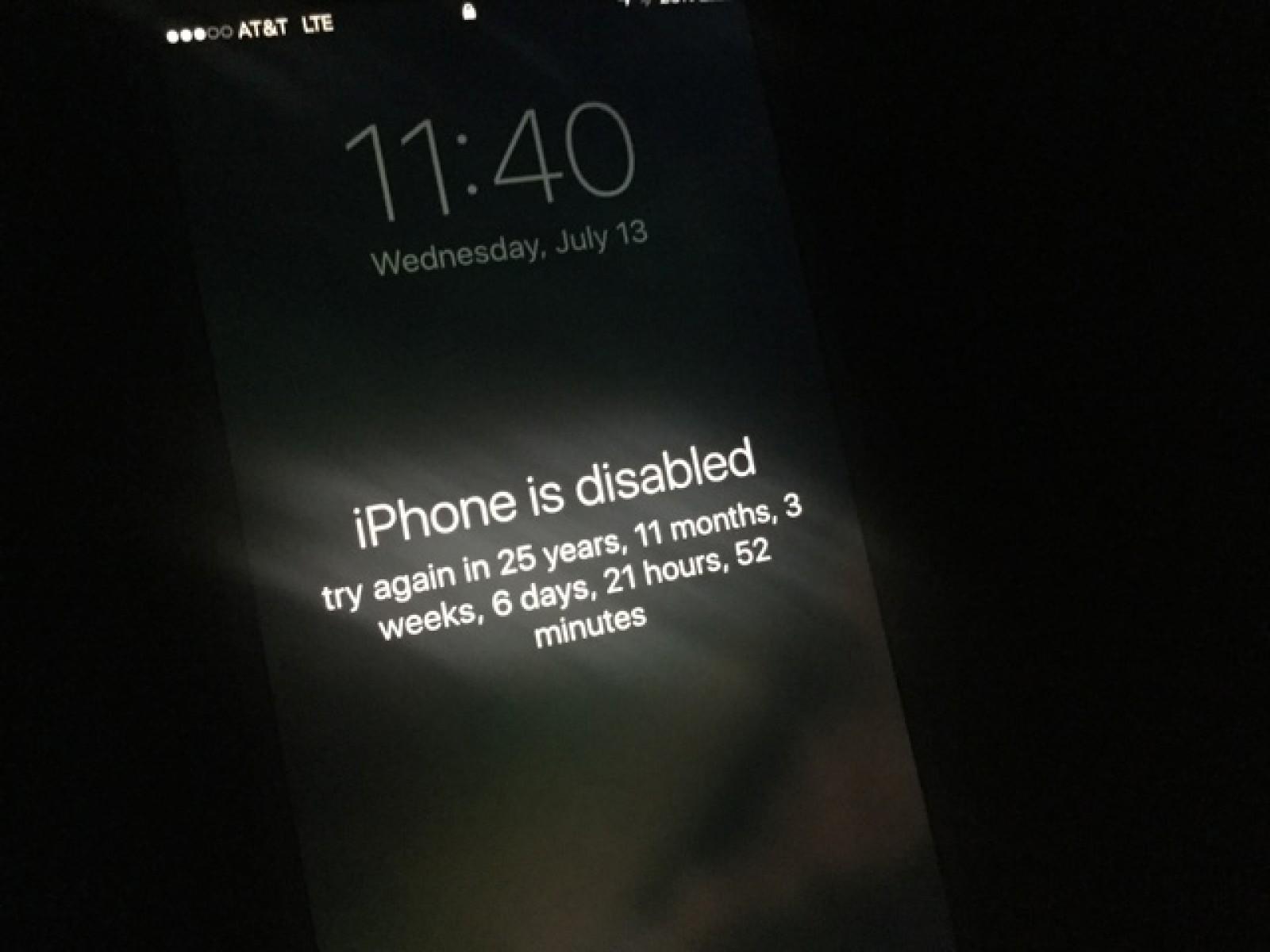 Apple va dezactiva port-ul USB de pe iPhone pentru a îmbunătăţi securitatea în iOS 11.4