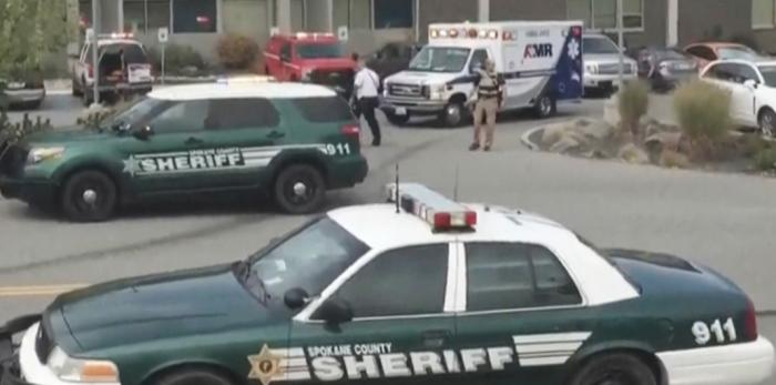 Atac armat într-o școală din America: un student și-a ucis un coleg și a rănit alți trei
